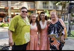 Na Mele No Na Pua with Robi Kahakalau Live at Waikiki Beach Walk Recorded on 10/25/15